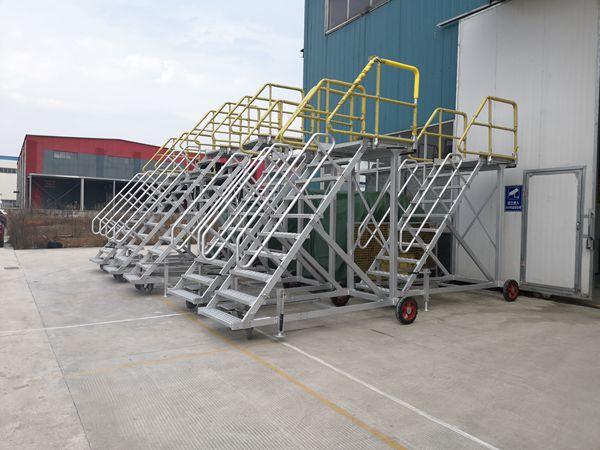 aluminum boarding steps