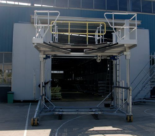 multi purpose train front access platform