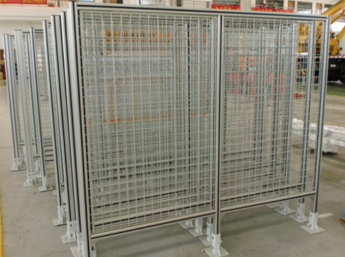aluminum fencing with wire net