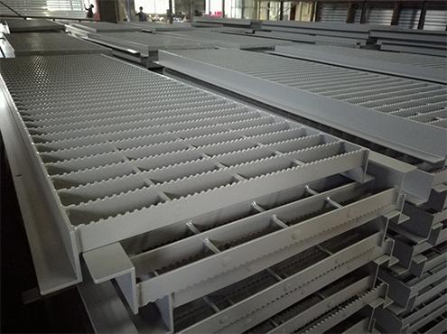 aluminum walkway
