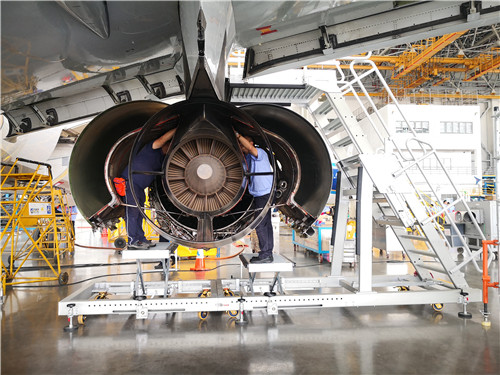 A320 engine pylon maintenance platform