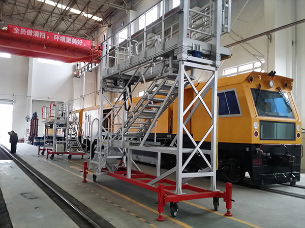 electrical height adjustable rail roof maintenance platform