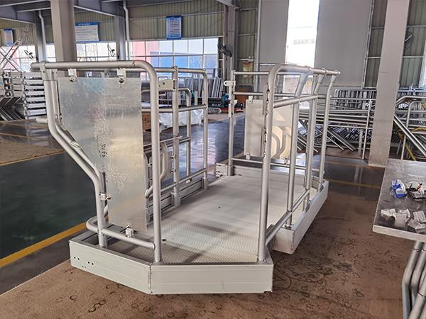 customize aluminum work platform